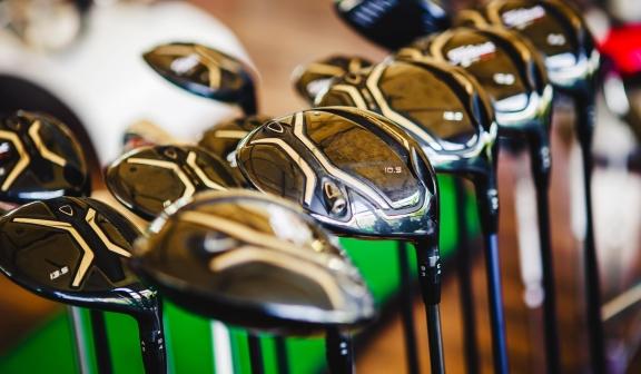 golf clubs close up