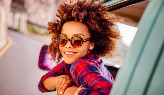 woman-sunglasses-roadtrip